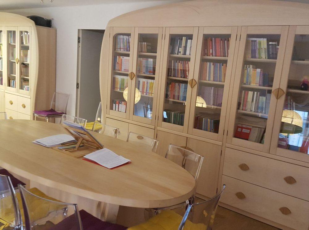 Biblioteca e segreteria del Centro Antroposofia